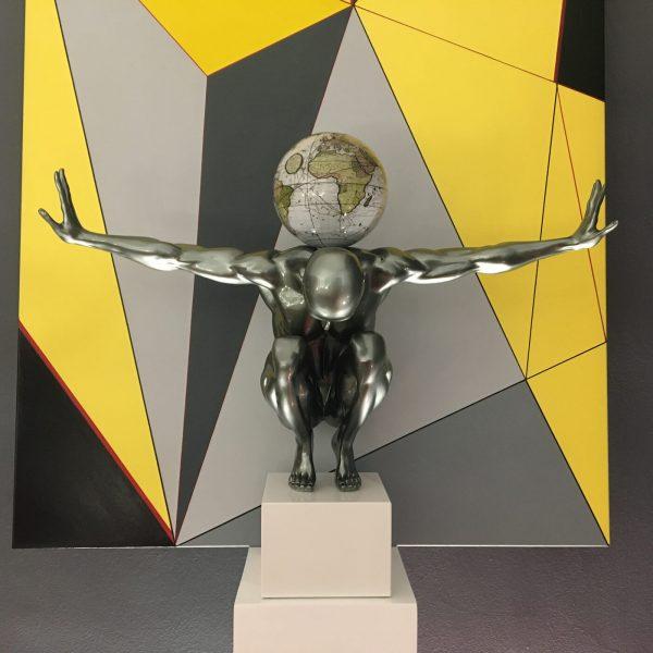 atlas-grigio-metallizzato-globo-antico-bianco-4