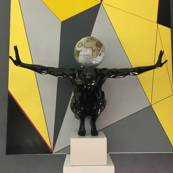 atlas-nero-globo-antico-bianco-5