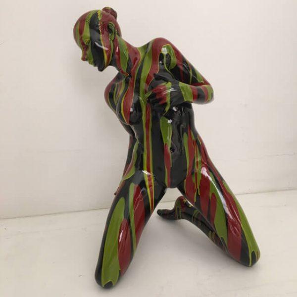 colors-woman-h-57-verde-nero-rosso-1