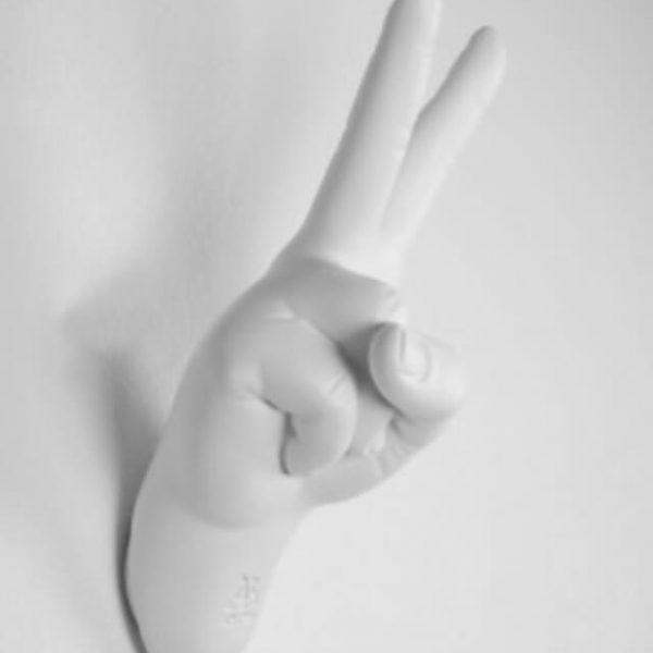 hanger-hand-v-appendiabito-bianca-opaca-1