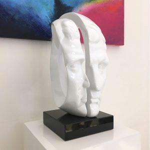 image-head-y-bianco-2