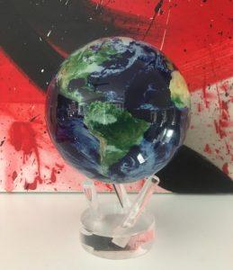 planets-mondo-diam-11-con-mappa-vista-satellitare-con-nuvole-1