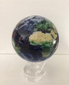 planets-mondo-diam-11-con-mappa-vista-satellitare-con-nuvole-2