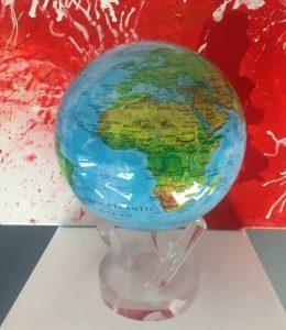 planets-mondo-diam-16-con-mappa-fisica-1