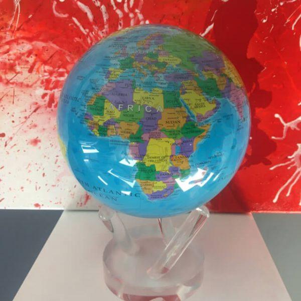 planets-mondo-diam-16-con-mappa-politica-1
