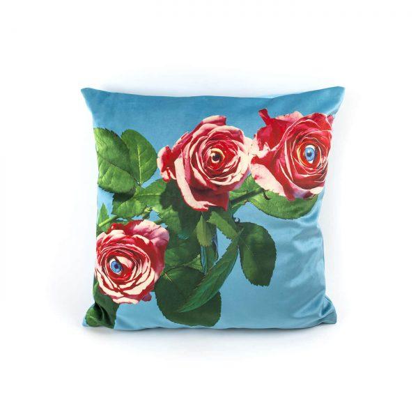 toiletpaper-cuscino-roses-1