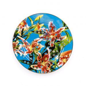 toiletpaper-porcelain-plates-flower-with-holes-1