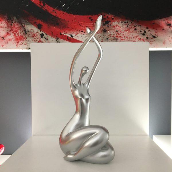 woman-eleganza-fronte-argento